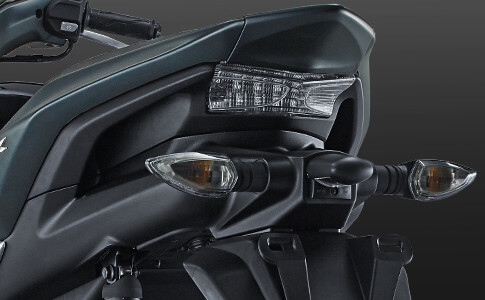 Sporty-Integrated Rear Handle Grip Aerox